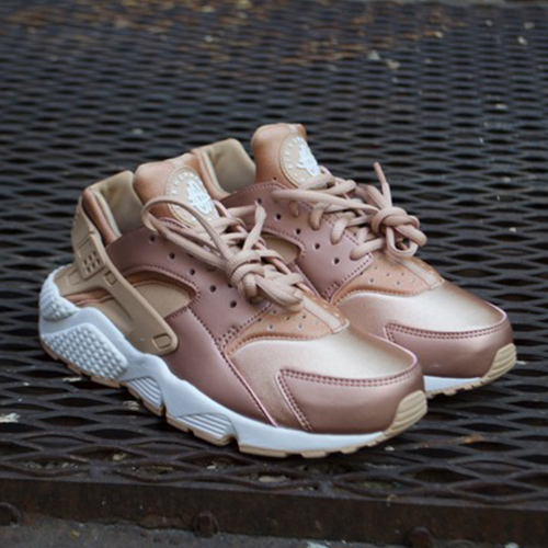 nike huarache womens rose gold